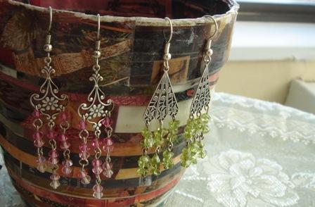 Pink_swarovski_and_green_peridot_earring
